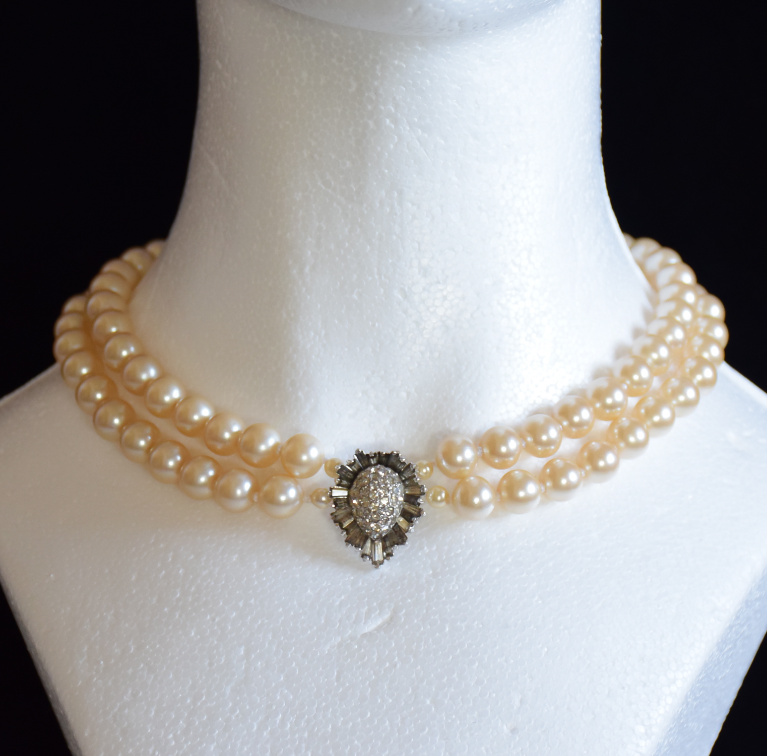 designed jewellery by triple necklace img pearl products lei