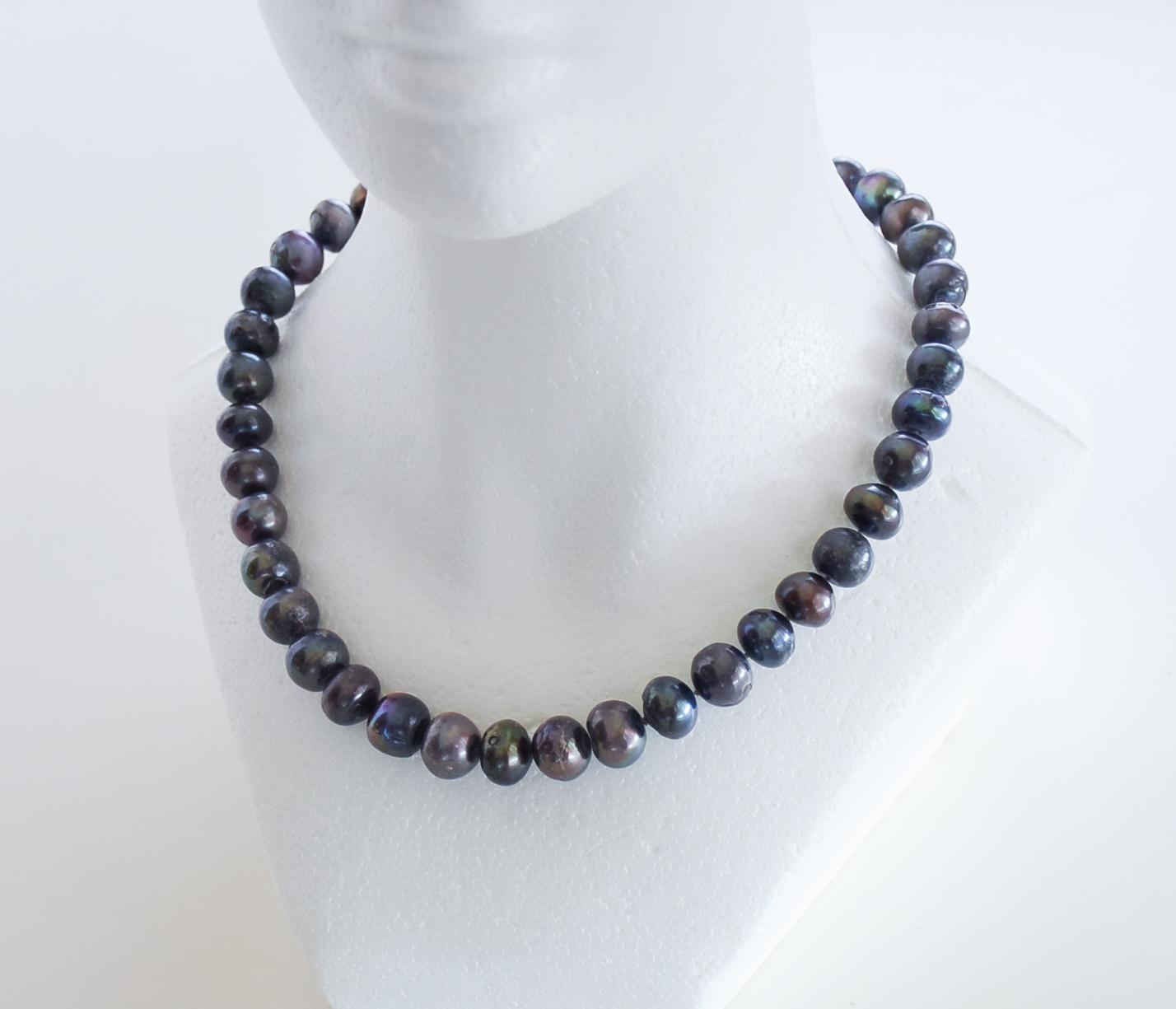 fdb543aa3d5095 20 Inch Black Pearl Necklace | Twentieth Century